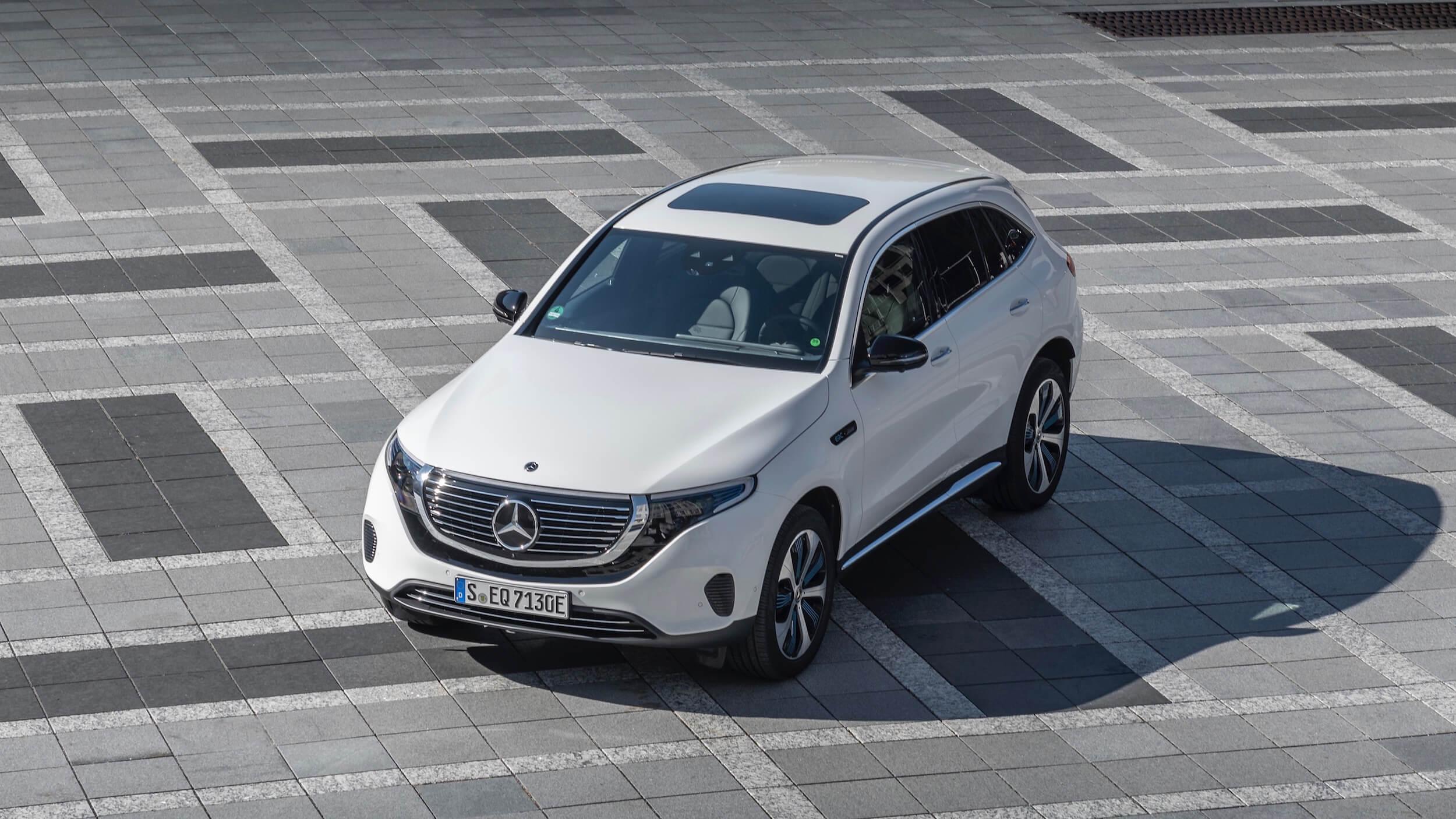 Mercedes EQC teto