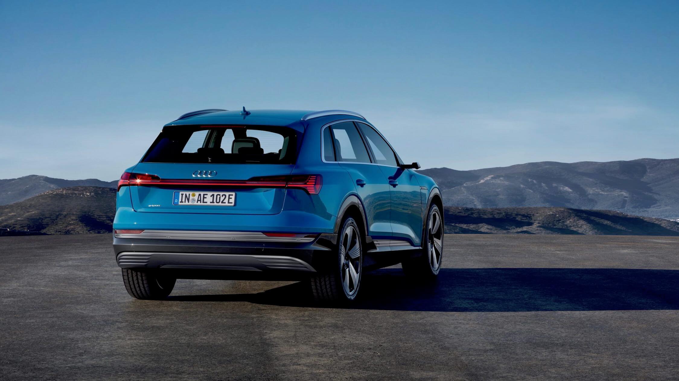 Audi e-tron traseiro