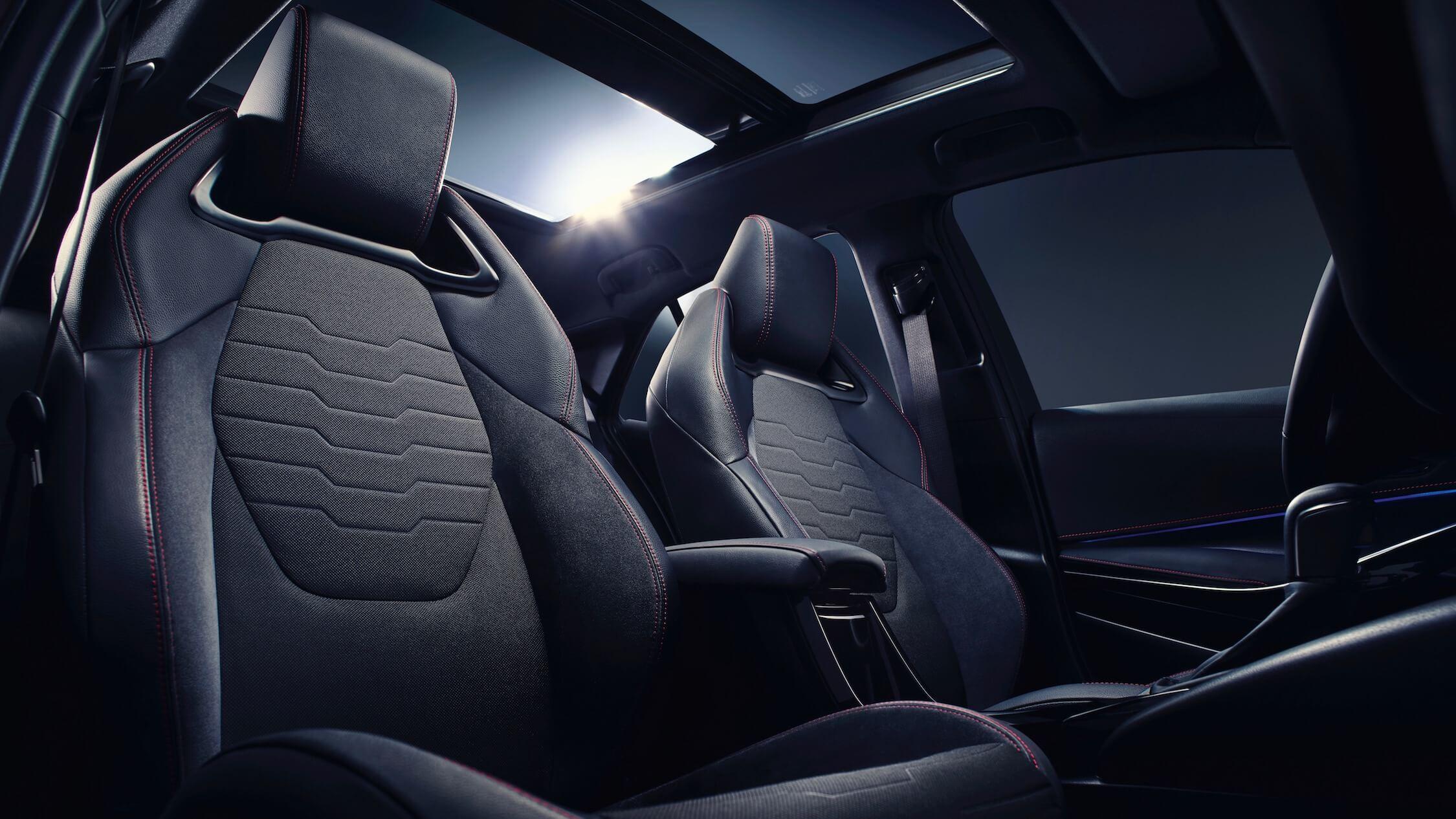 Toyota Corolla cadeiras
