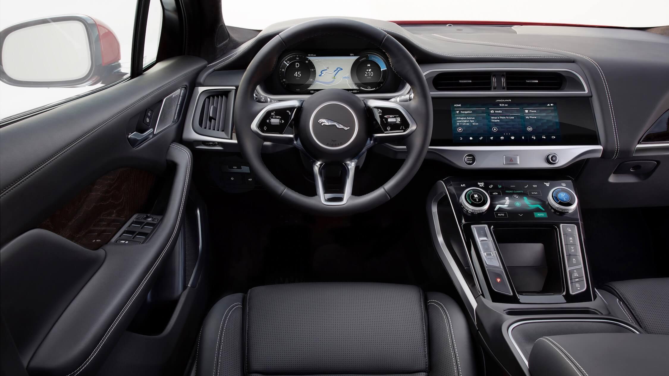 Jaguar I-Pace volante