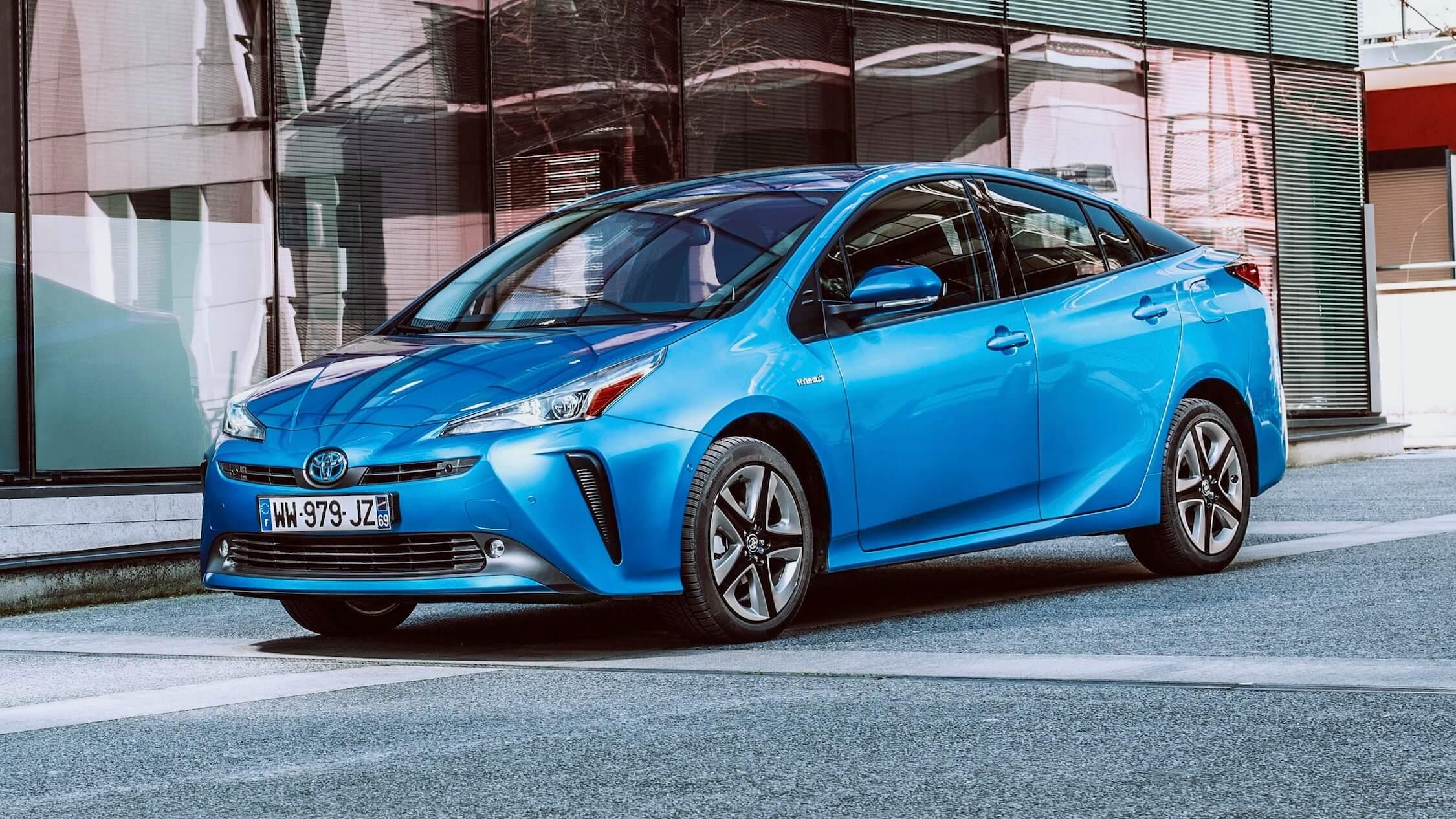 2019 Toyota Prius azul