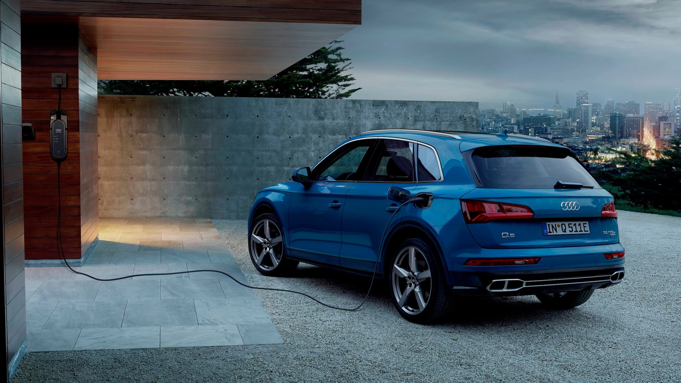 Audi Q5 híbrido carregar