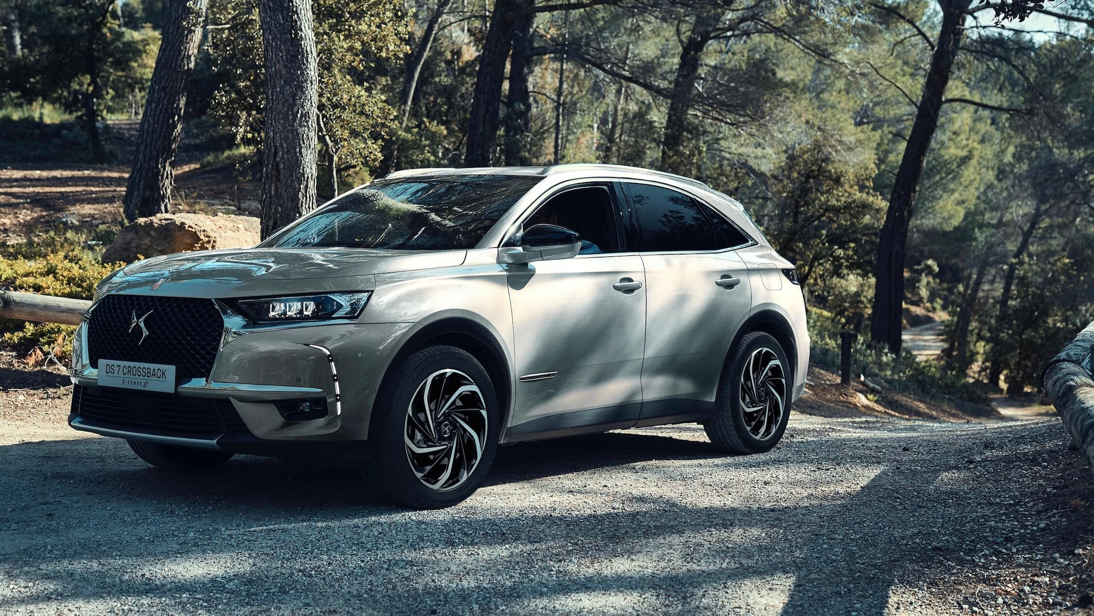 DS 7 E-Tense Crossback