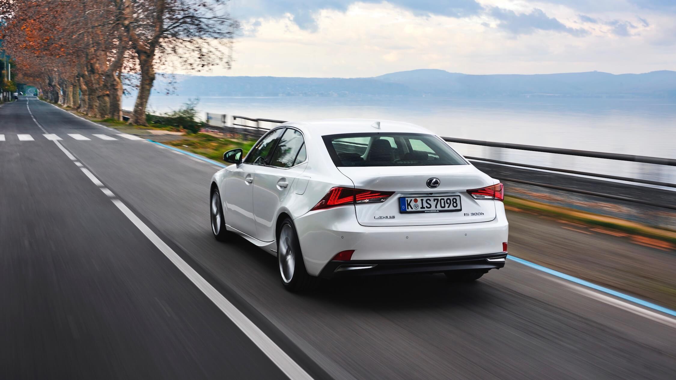 Lexus IS carro híbrido