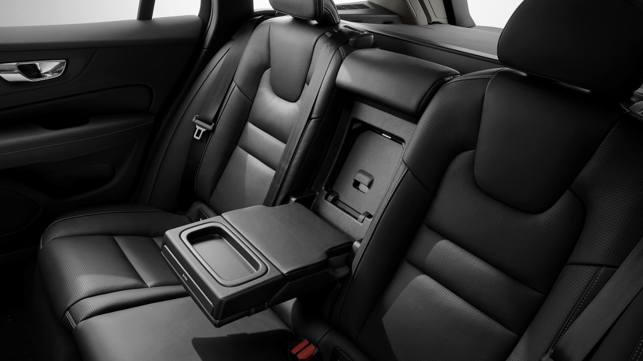 Volvo V60 banco traseiro