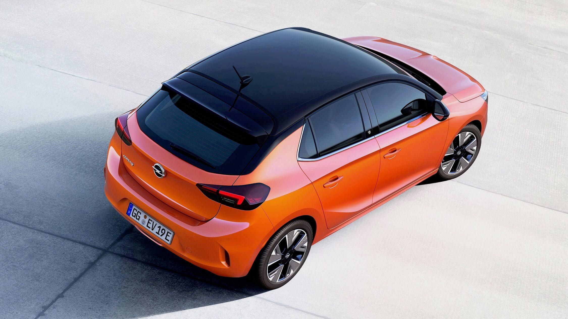 Opel Corsa elétrico laranja