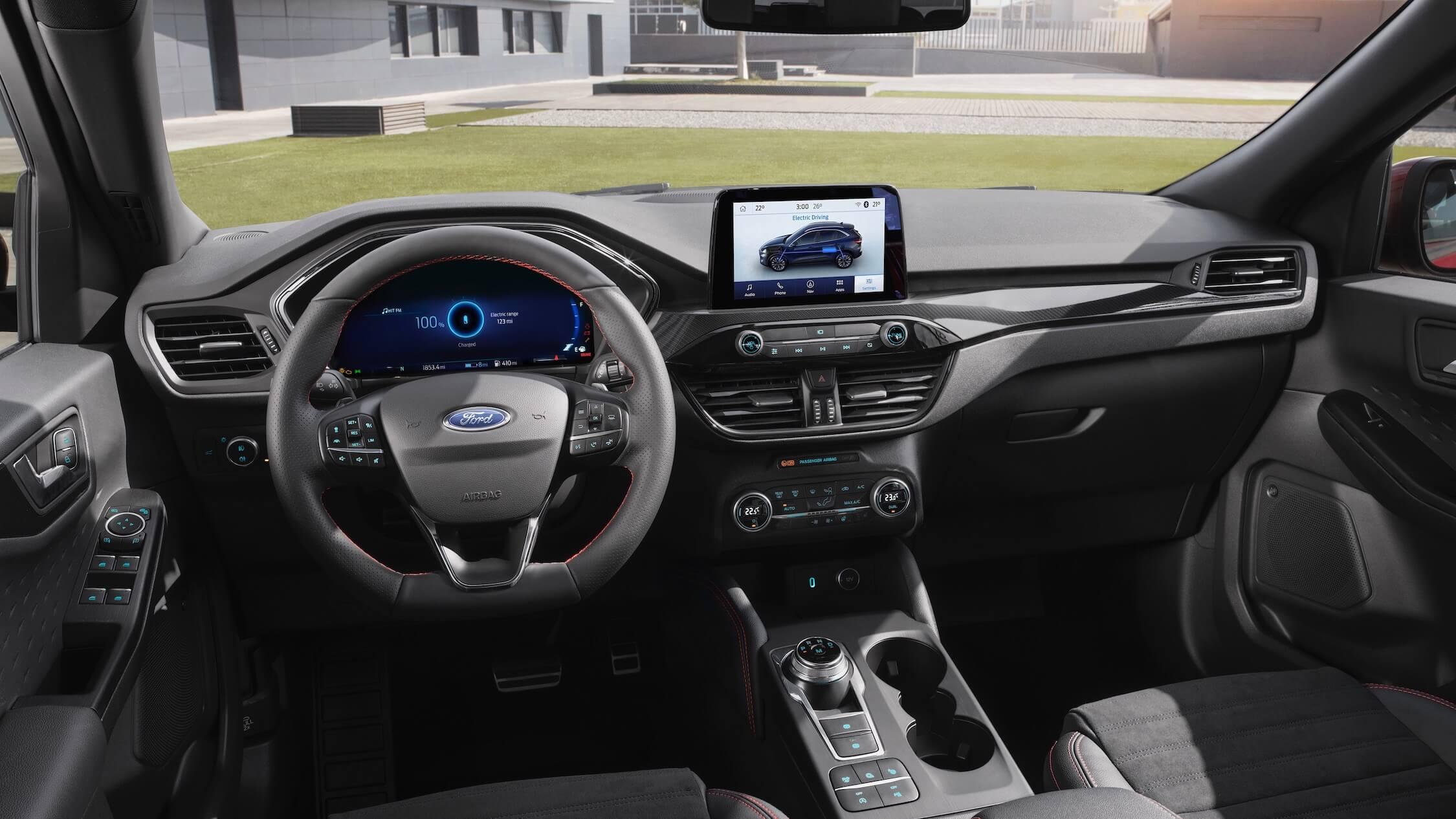 Ford Kuga híbrido interior