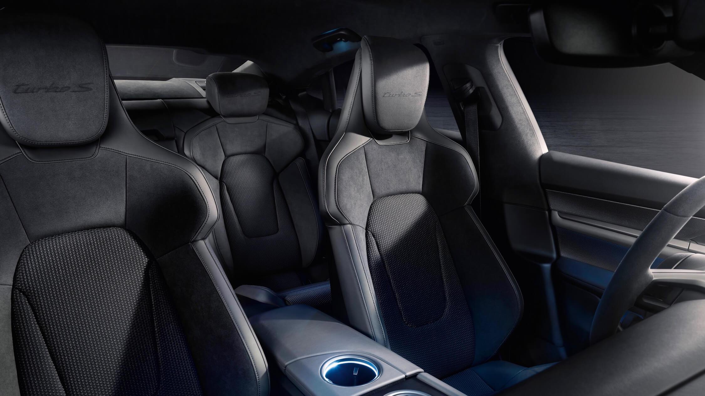 Porsche Taycan assentos