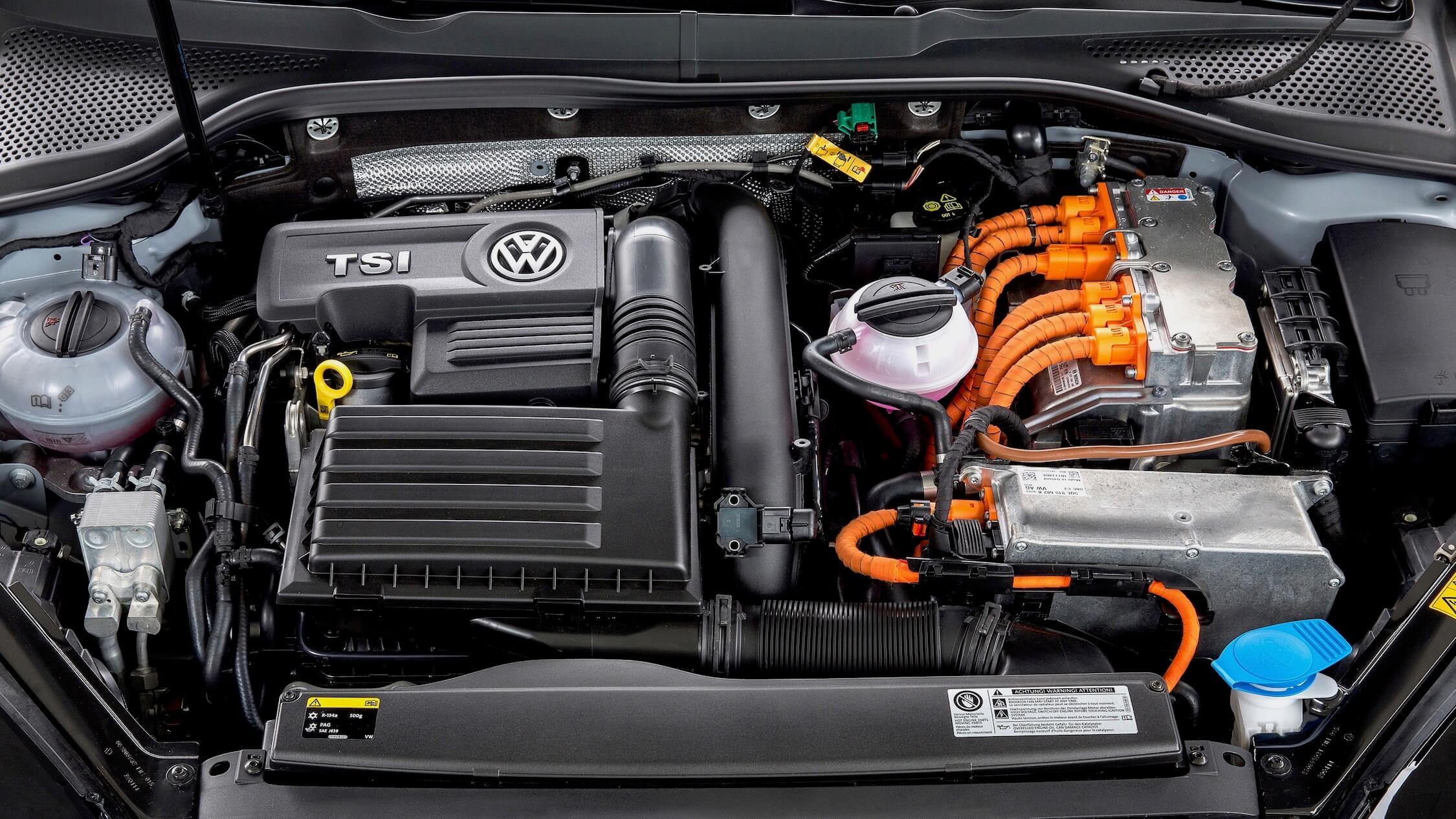 Volkswagen Golf GTE motor
