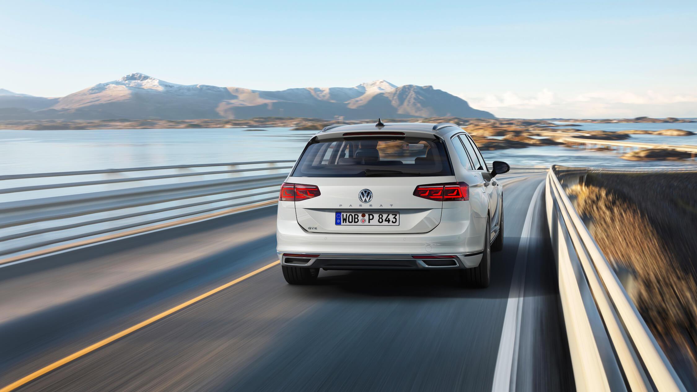 Volkswagen Passat GTE novo