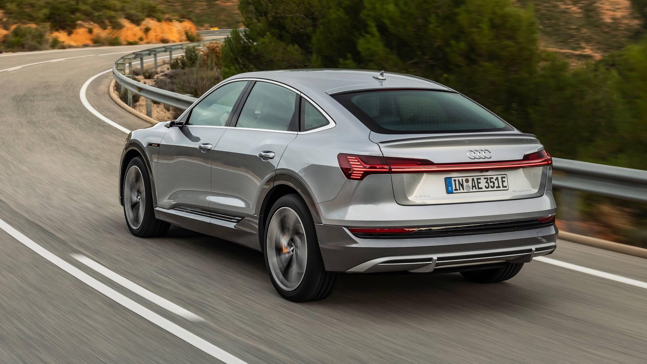 Audi e-tron Sportback cinzento