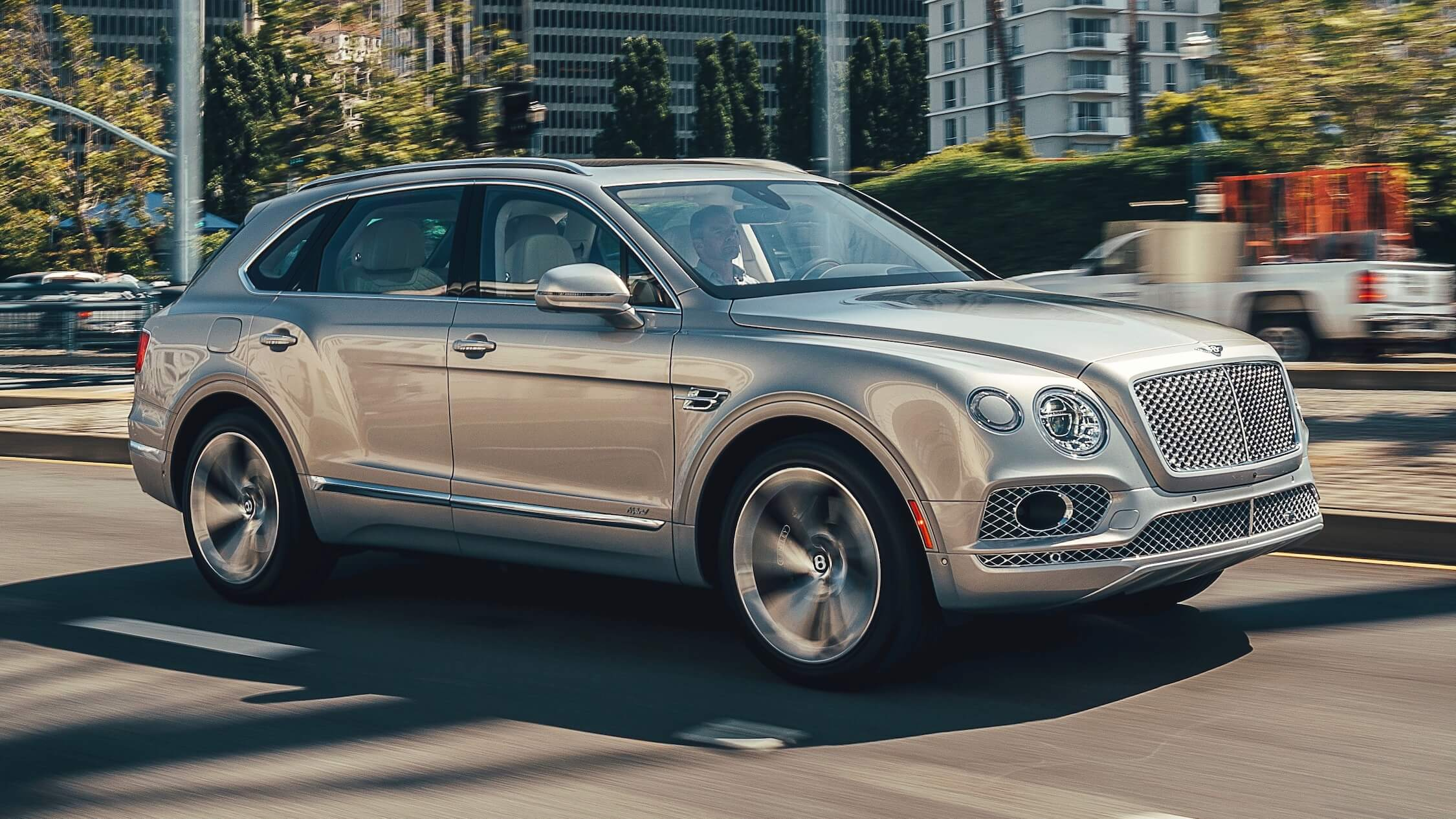 Bentley Bentayga cinzento