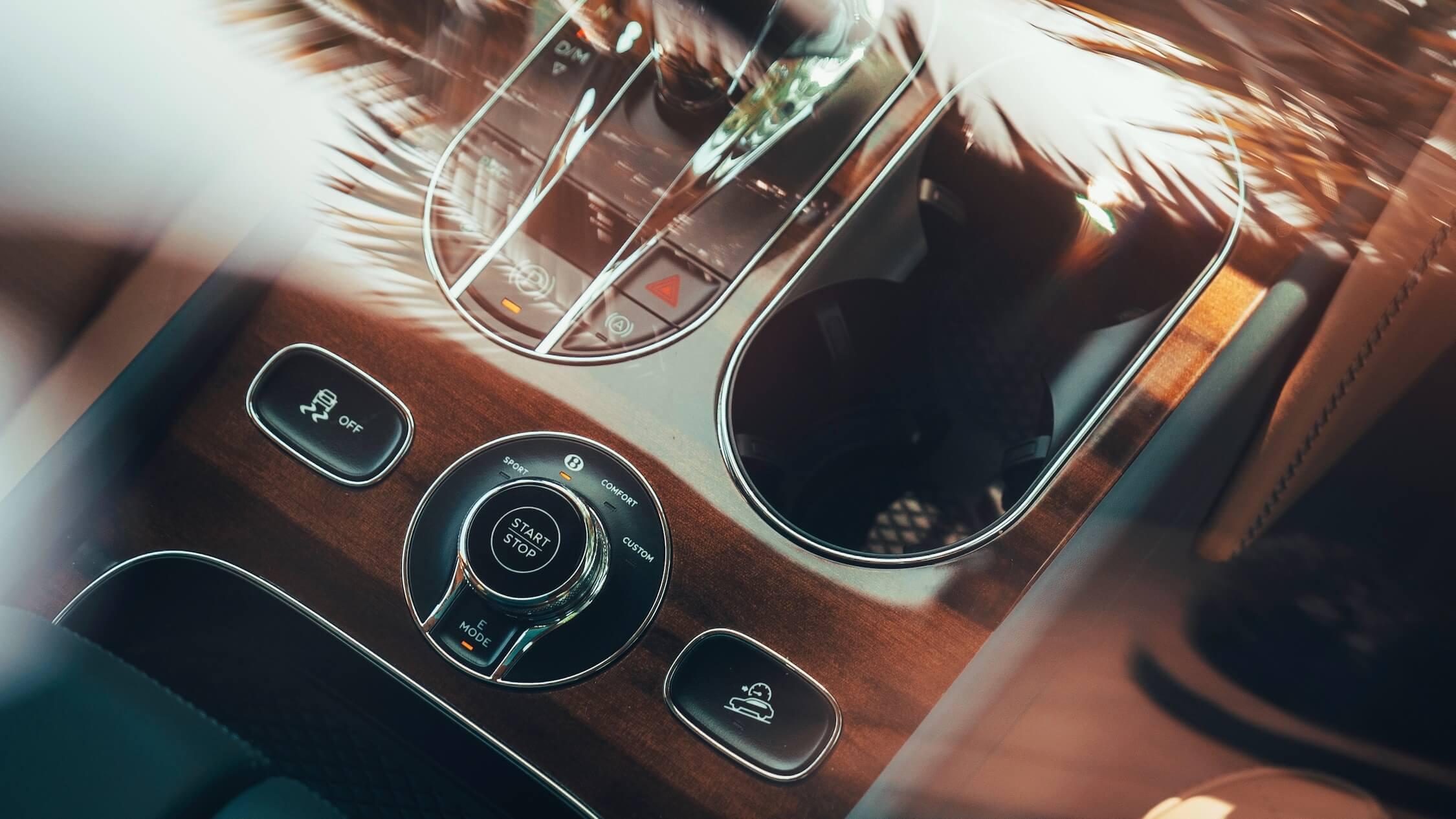 Bentley Bentayga híbrido caixa de velocidades