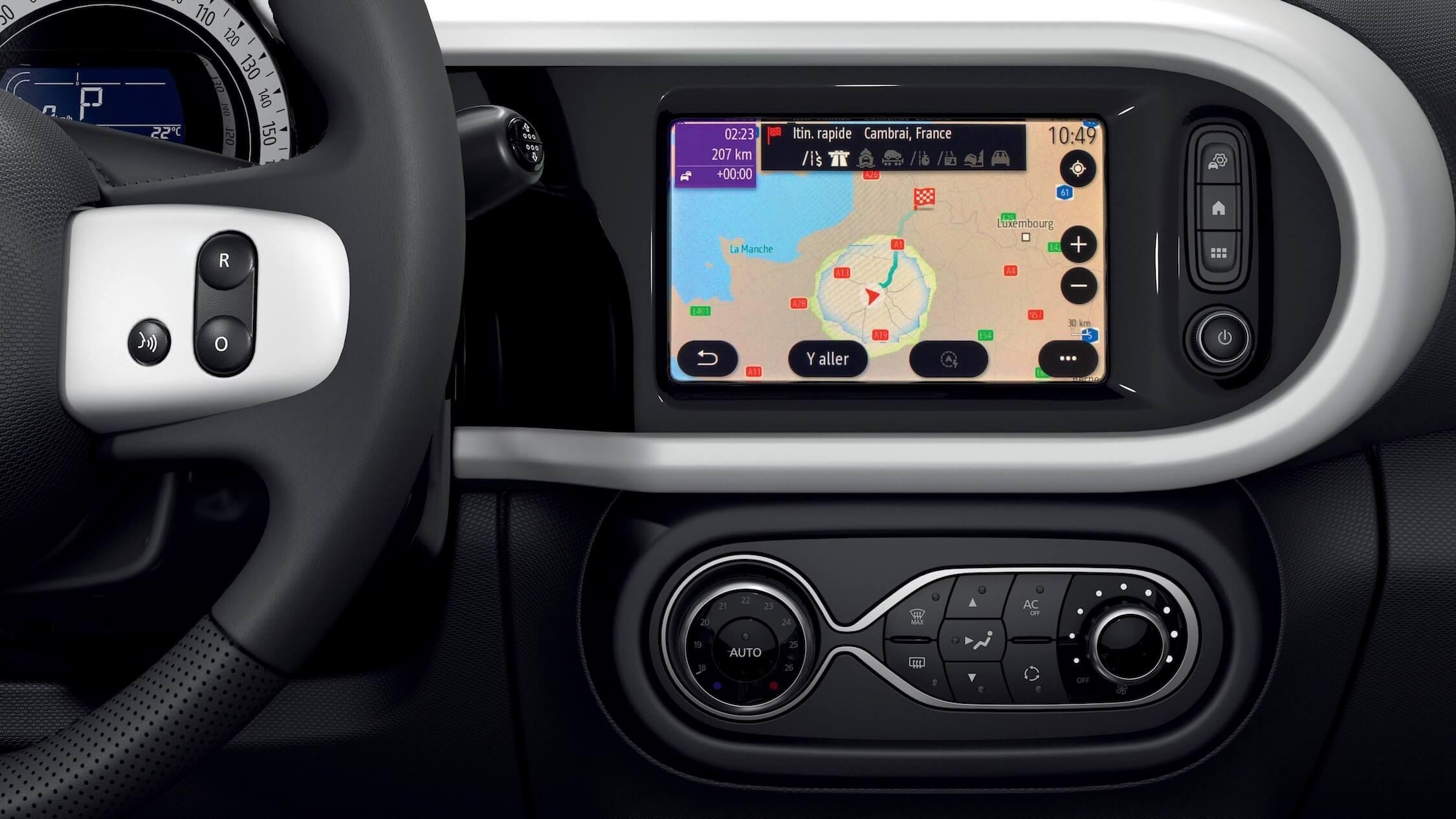 Renault Twingo ZE elétrico ecrã