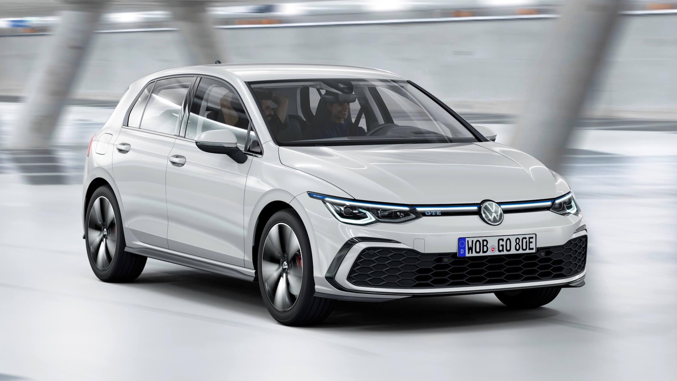 2020 Volkswagen Golf híbrido