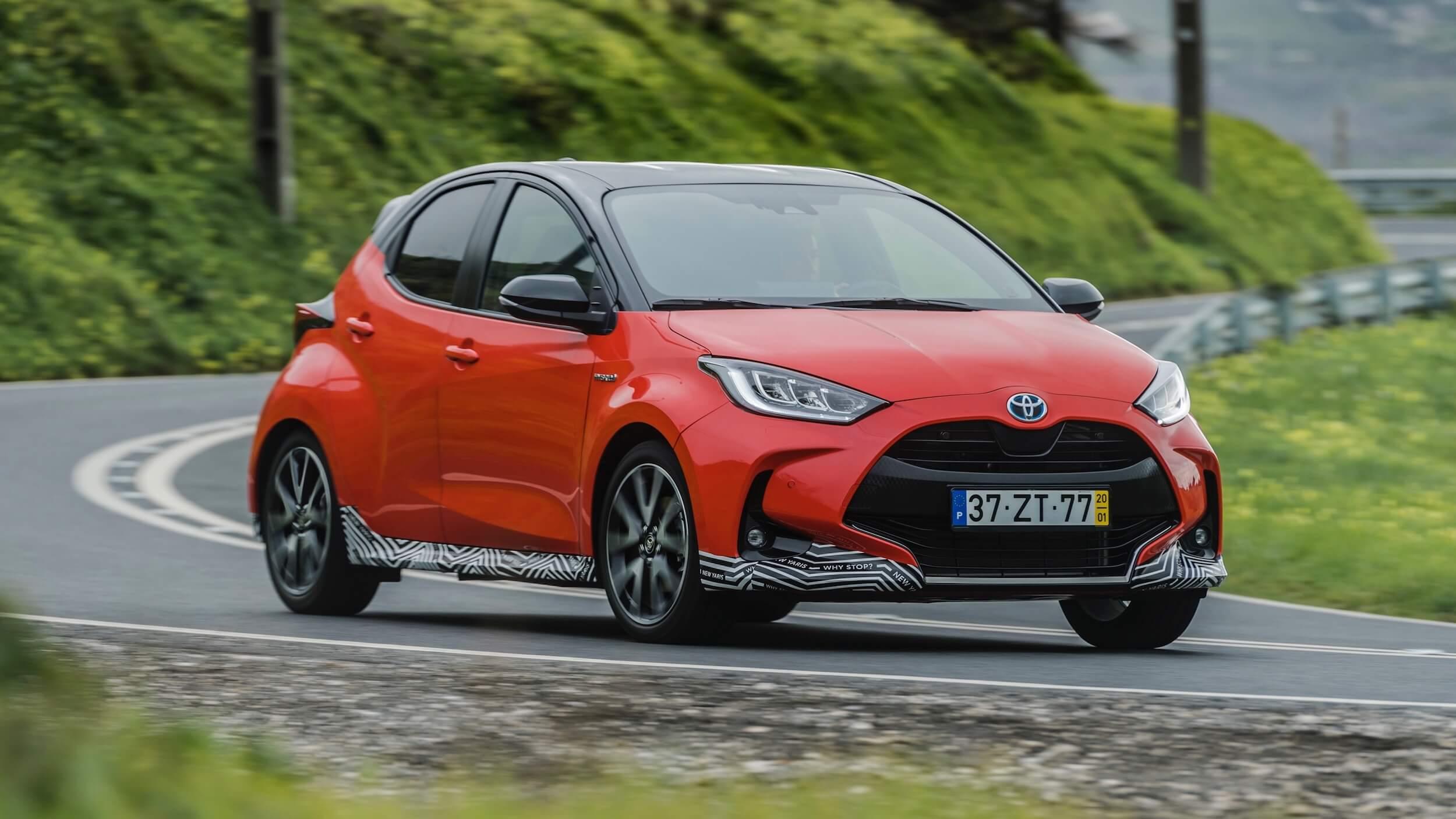 novo Toyota Yaris híbrido