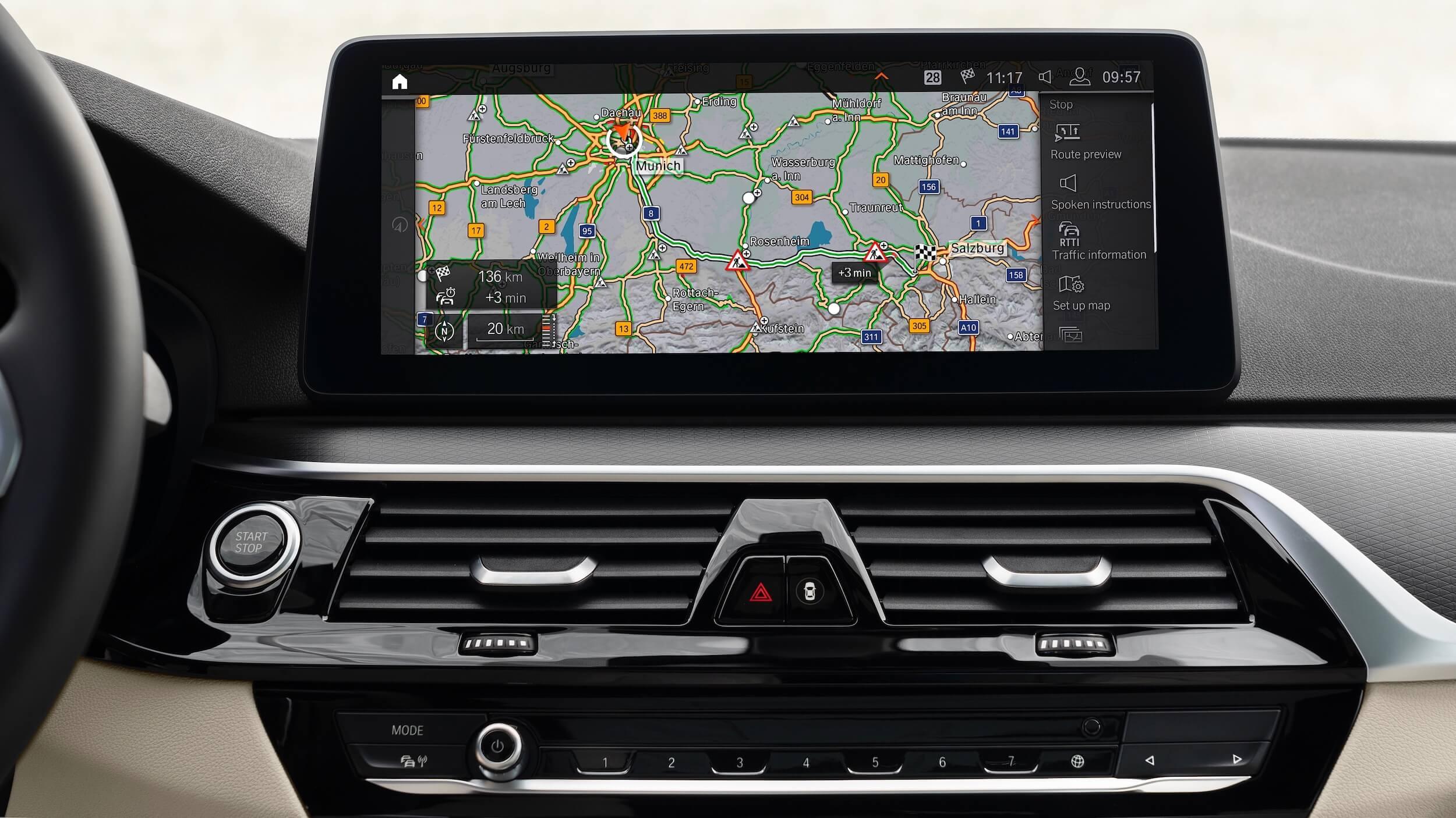 BMW 530e G30 facelift ecrã
