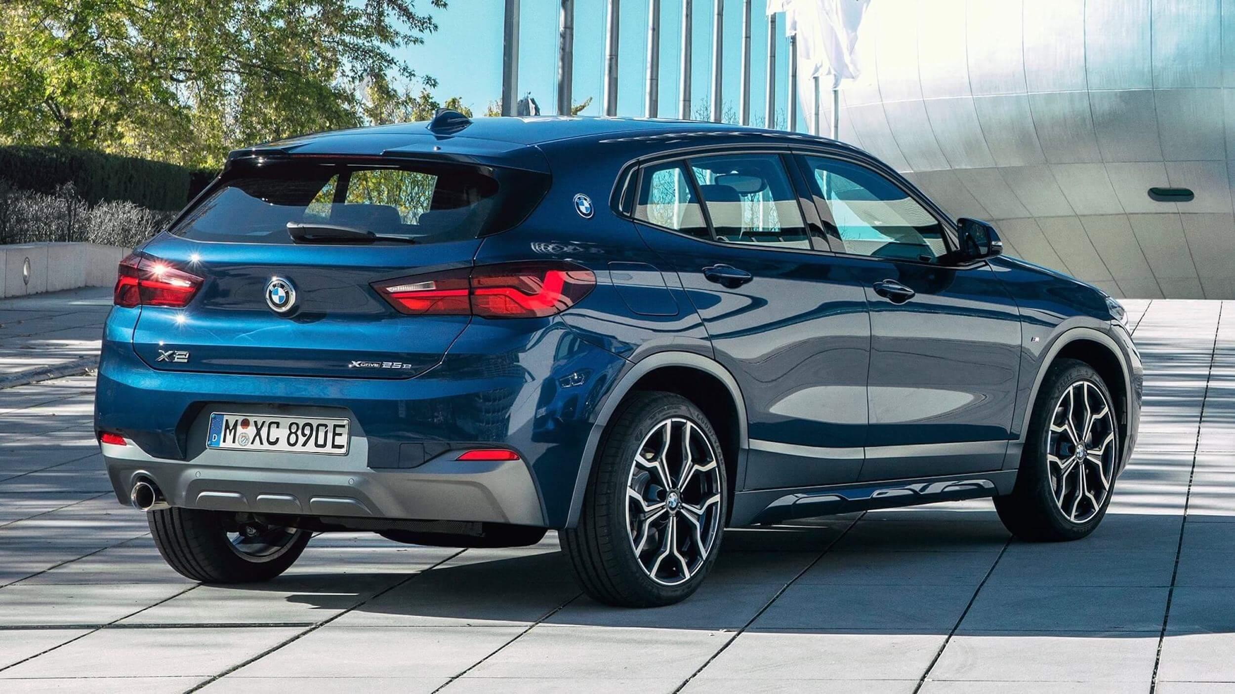 BMW X2 azul