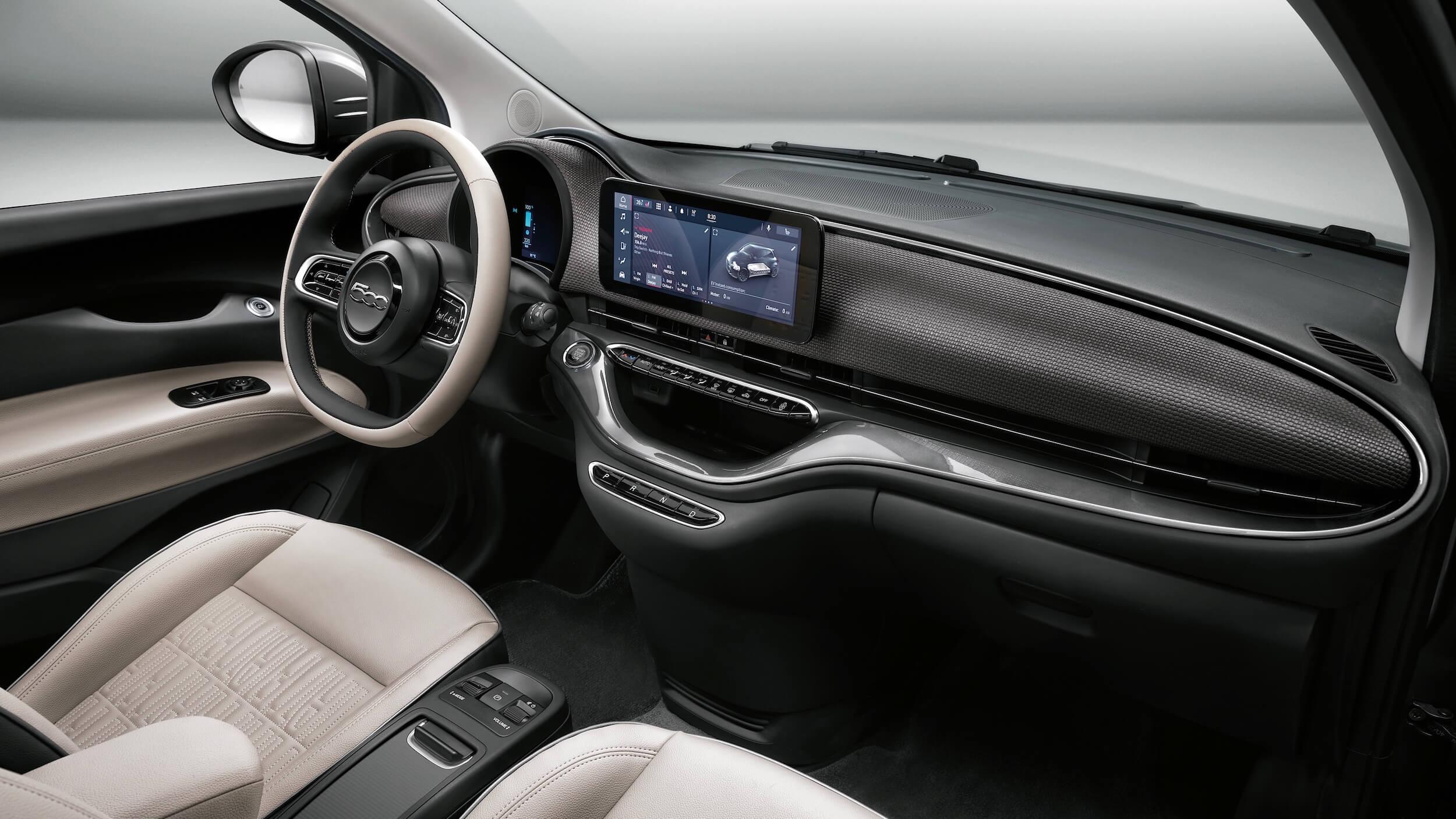 Fiat 500e Cabrio interior