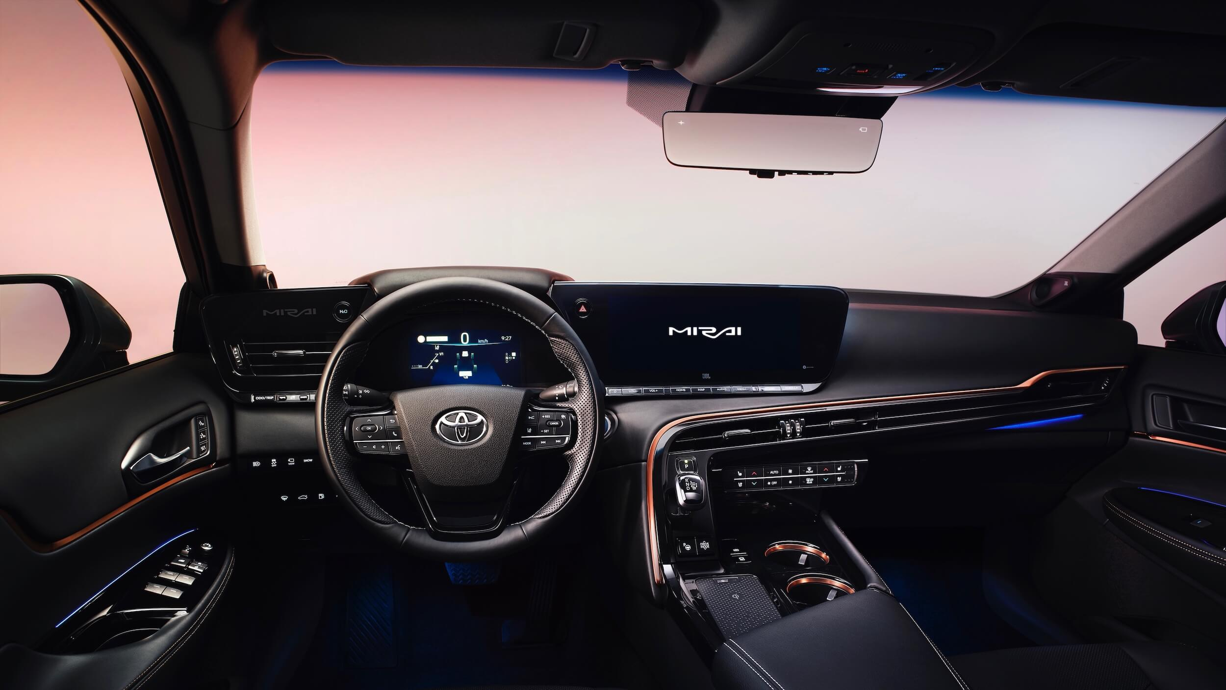 Toyota Mirai 2 interior