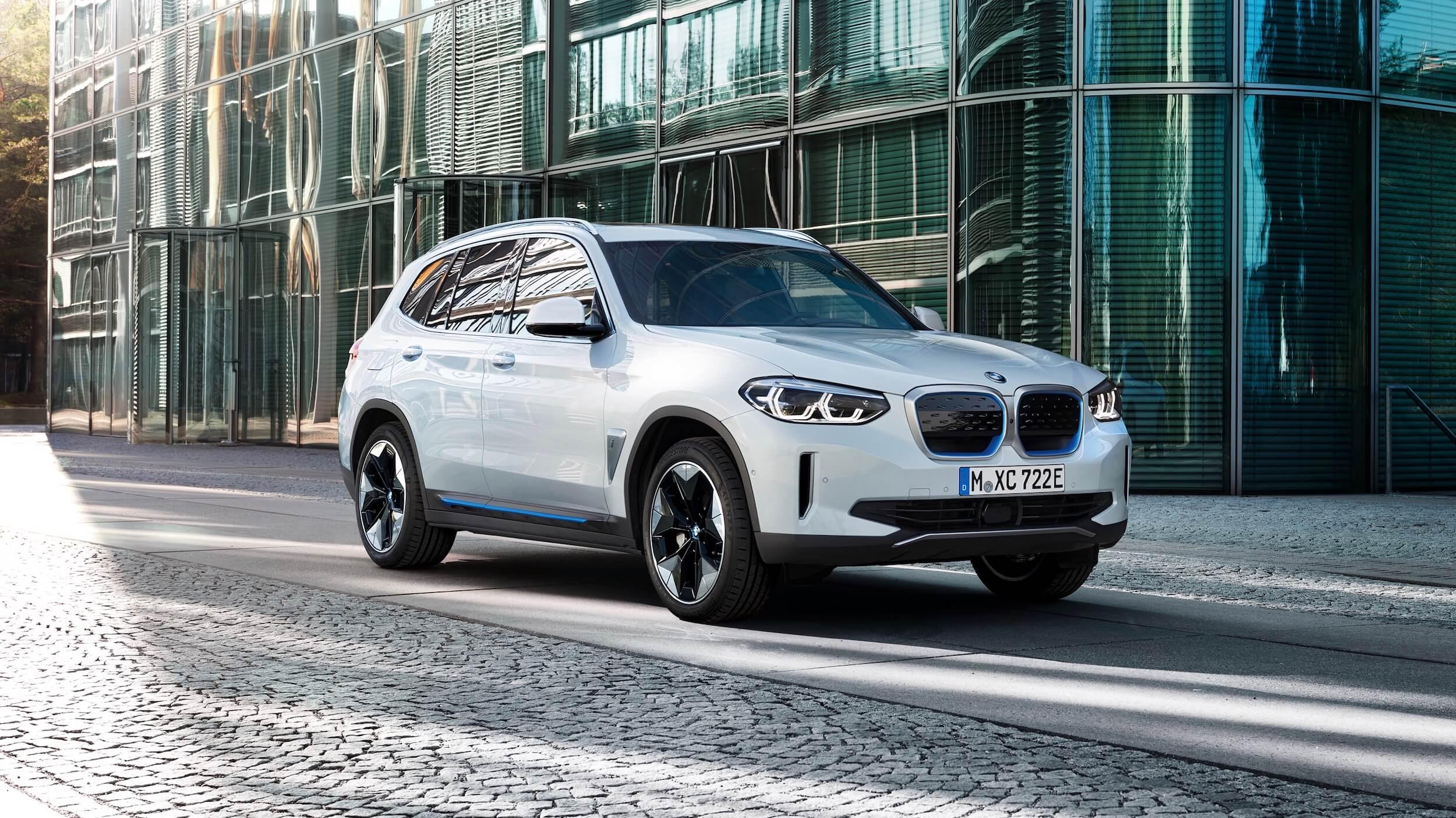 BMW iX3 branco