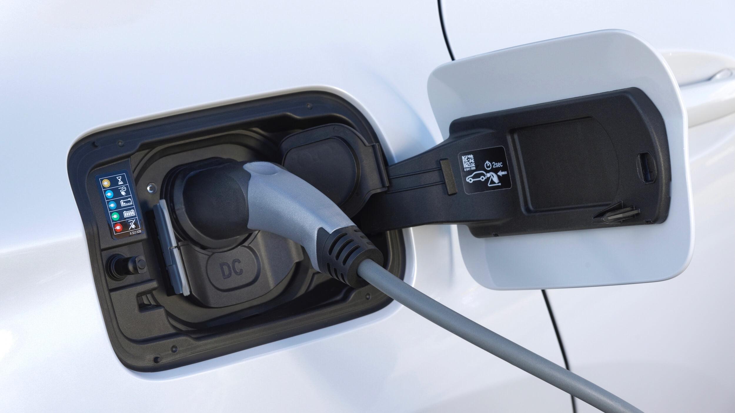 BMW iX3 cabo de carregamento