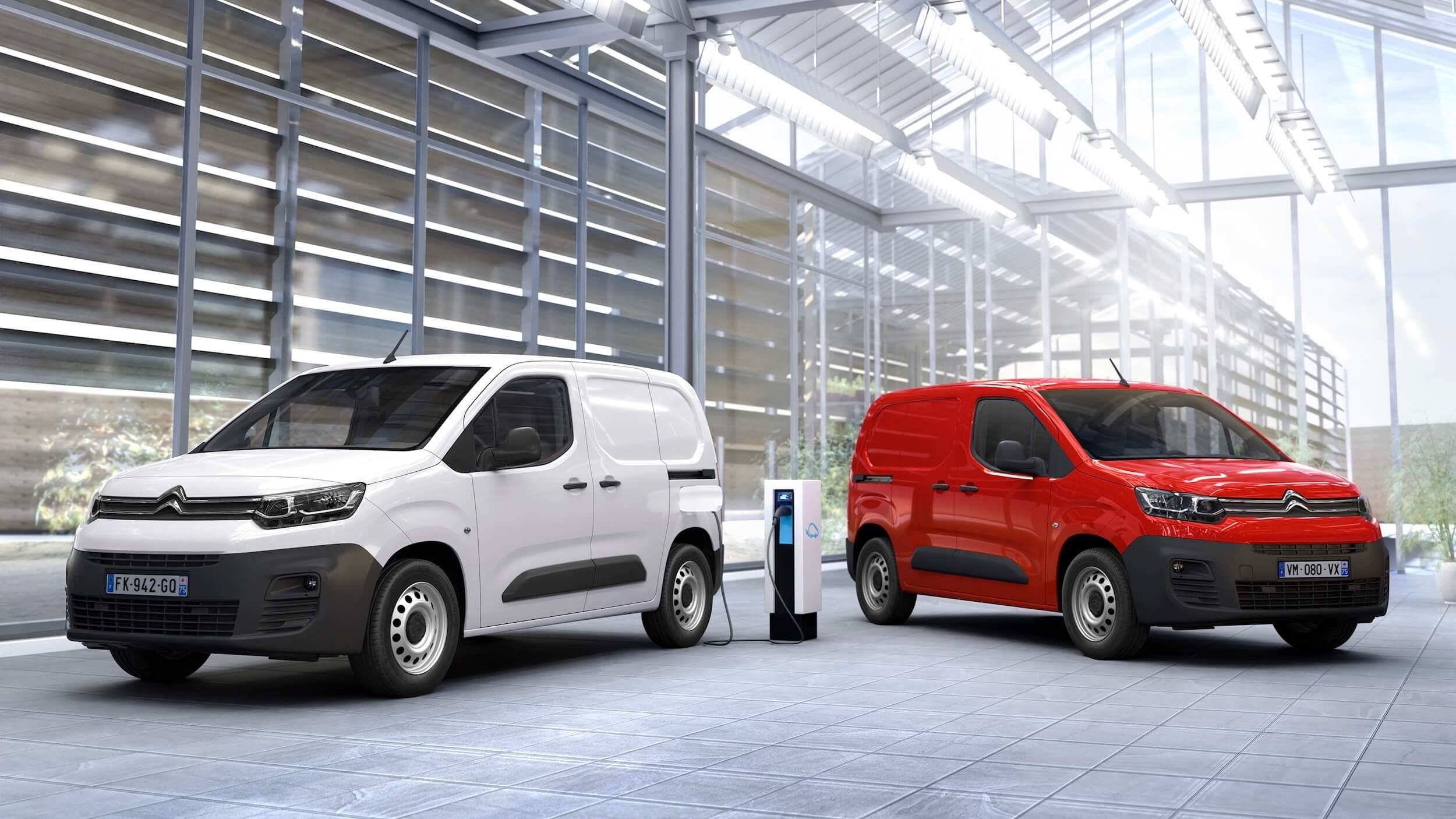 Citroën ë Berlingo vermelho