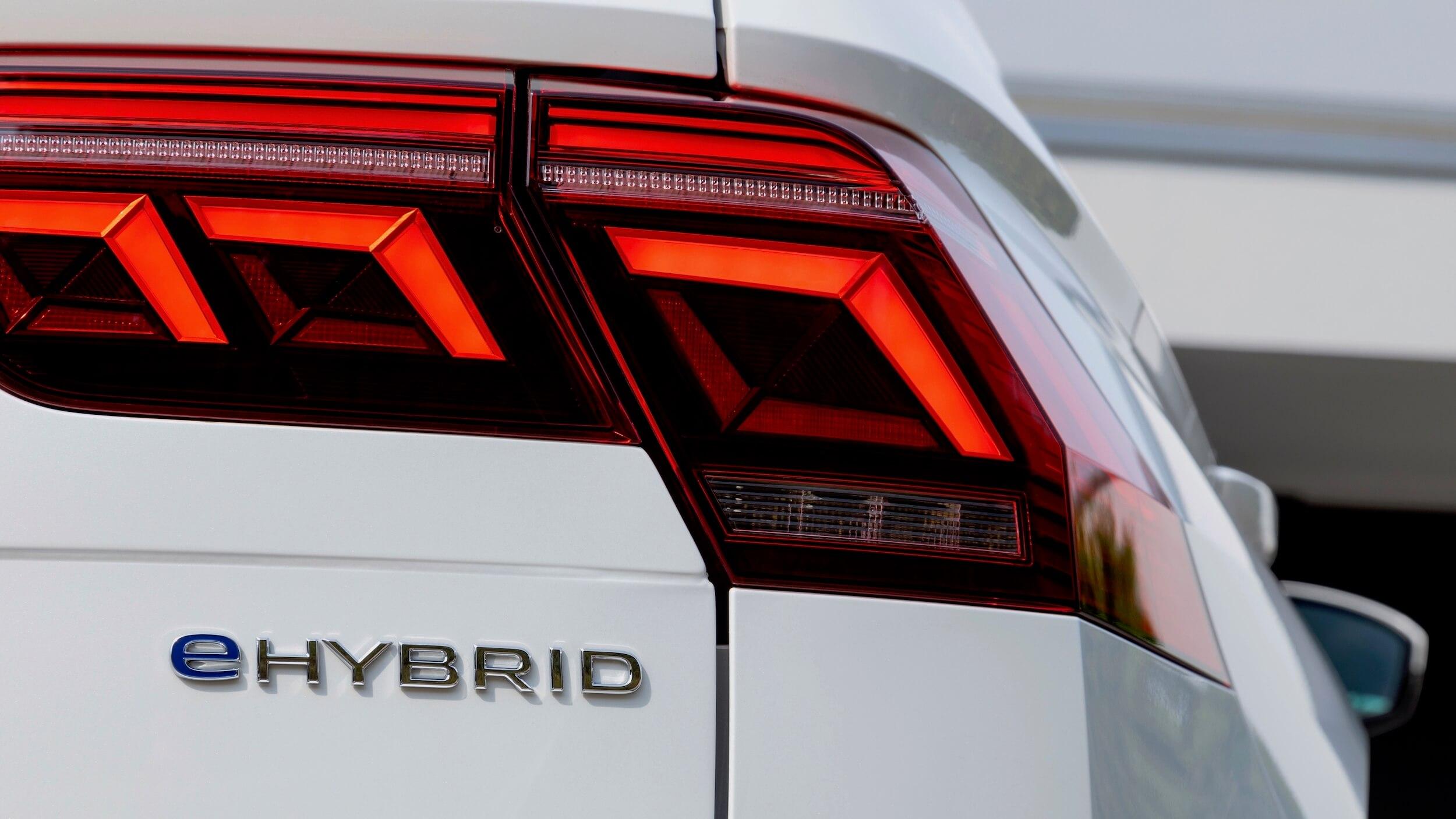 VW Tiguan eHybrid logotipo