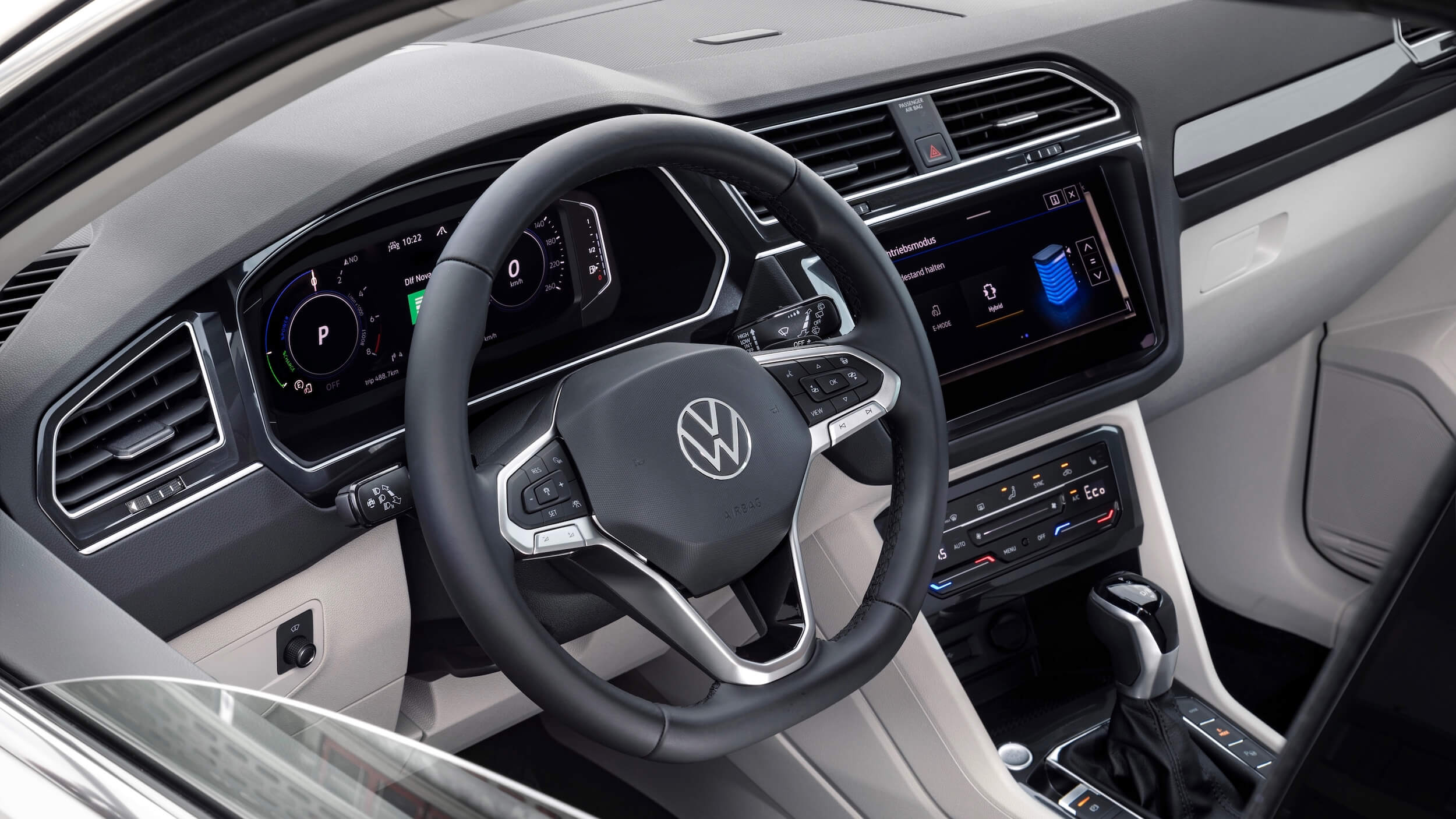 VW Tiguan eHybrid volante