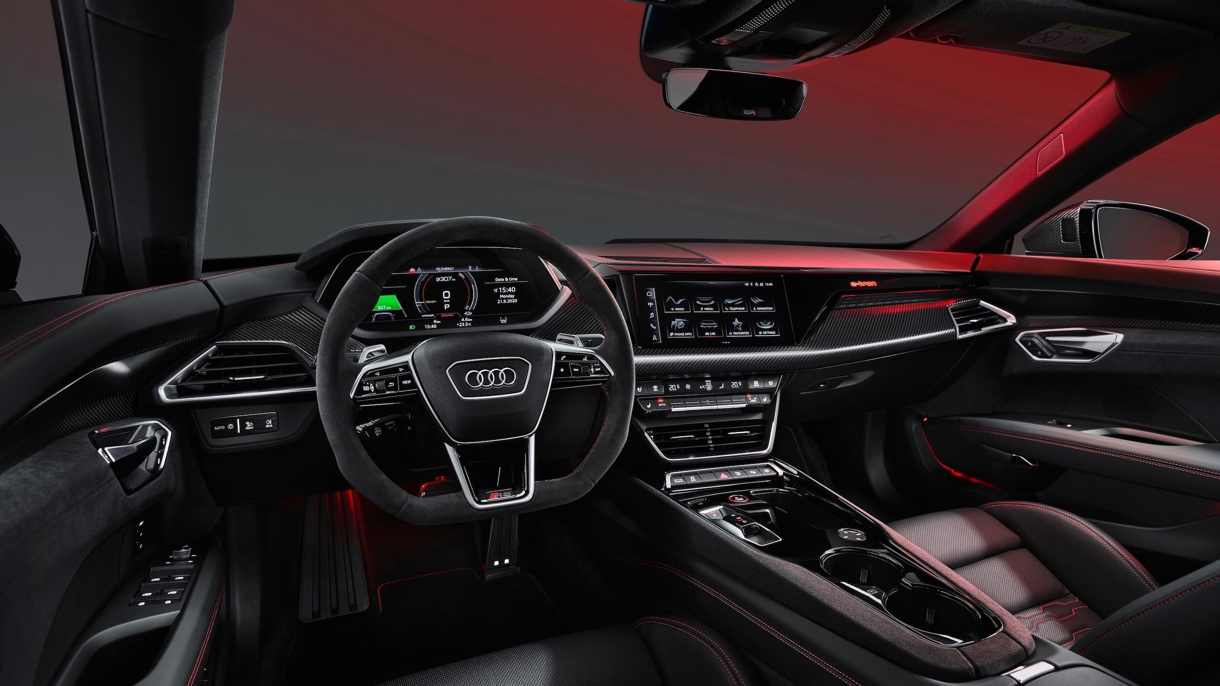 Audi e tron GT RS interior
