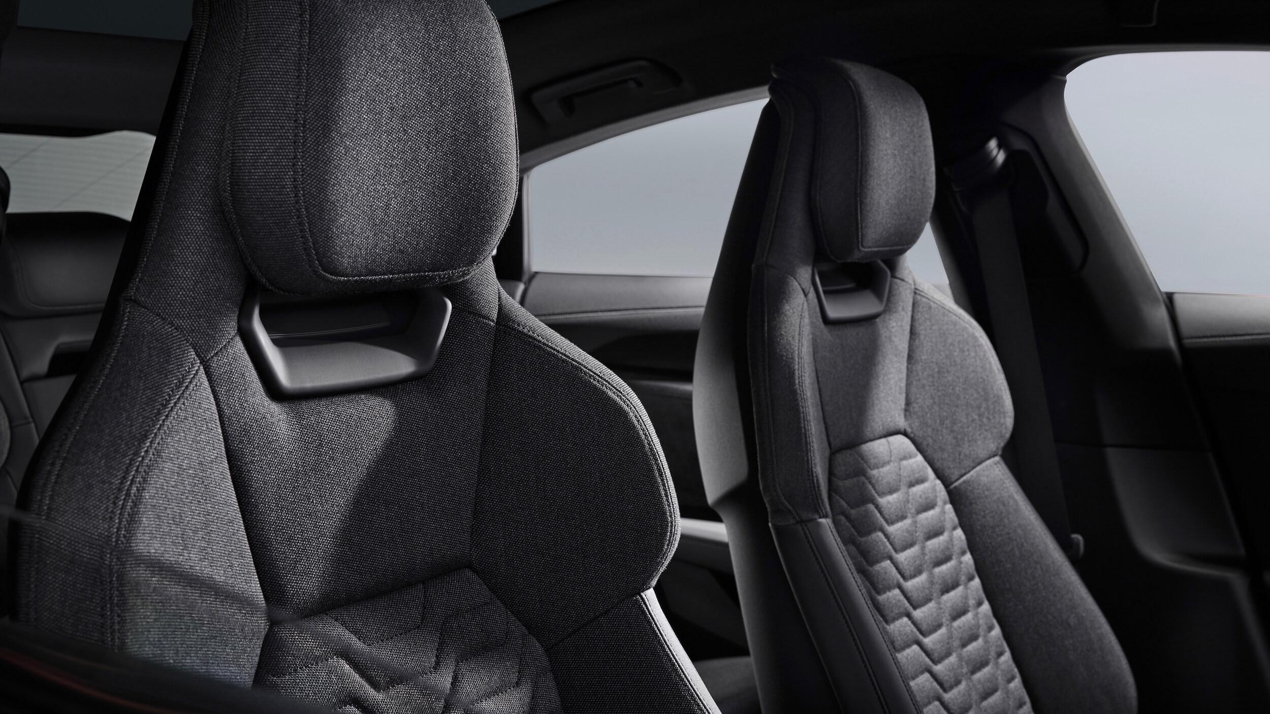Audi e tron GT cadeiras