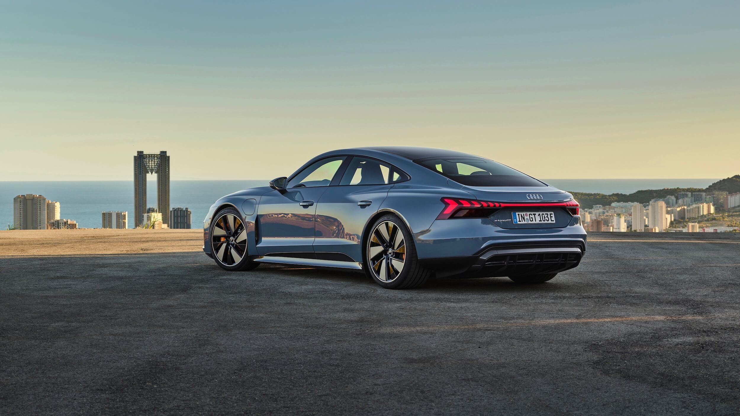 Audi e tron GT quattro elétrico