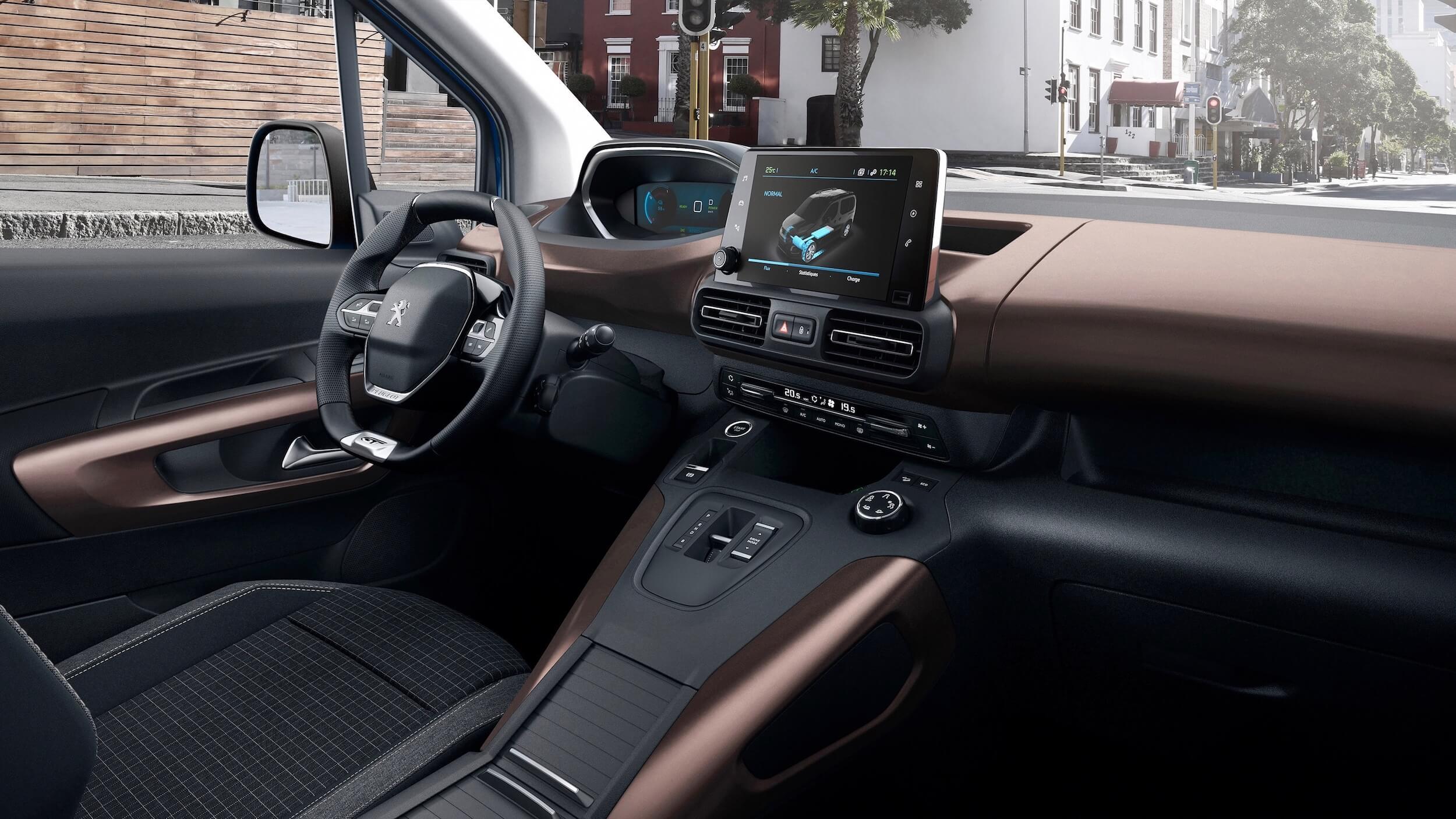 Peugeot e Rifter interior