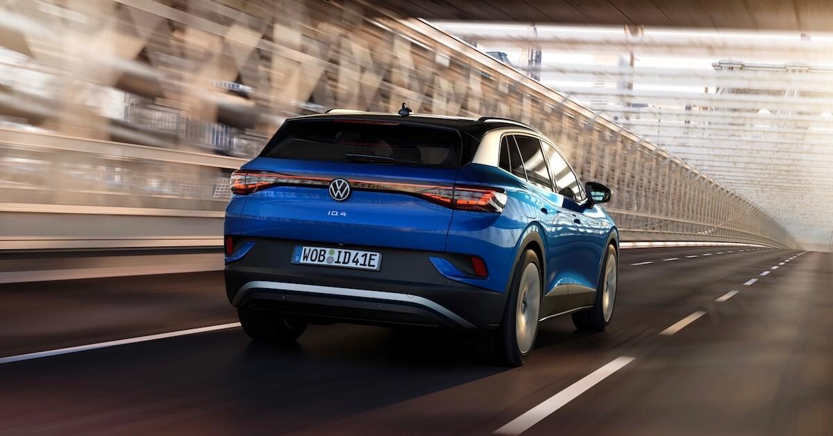 Volkswagen ID.4 elétrico traseira