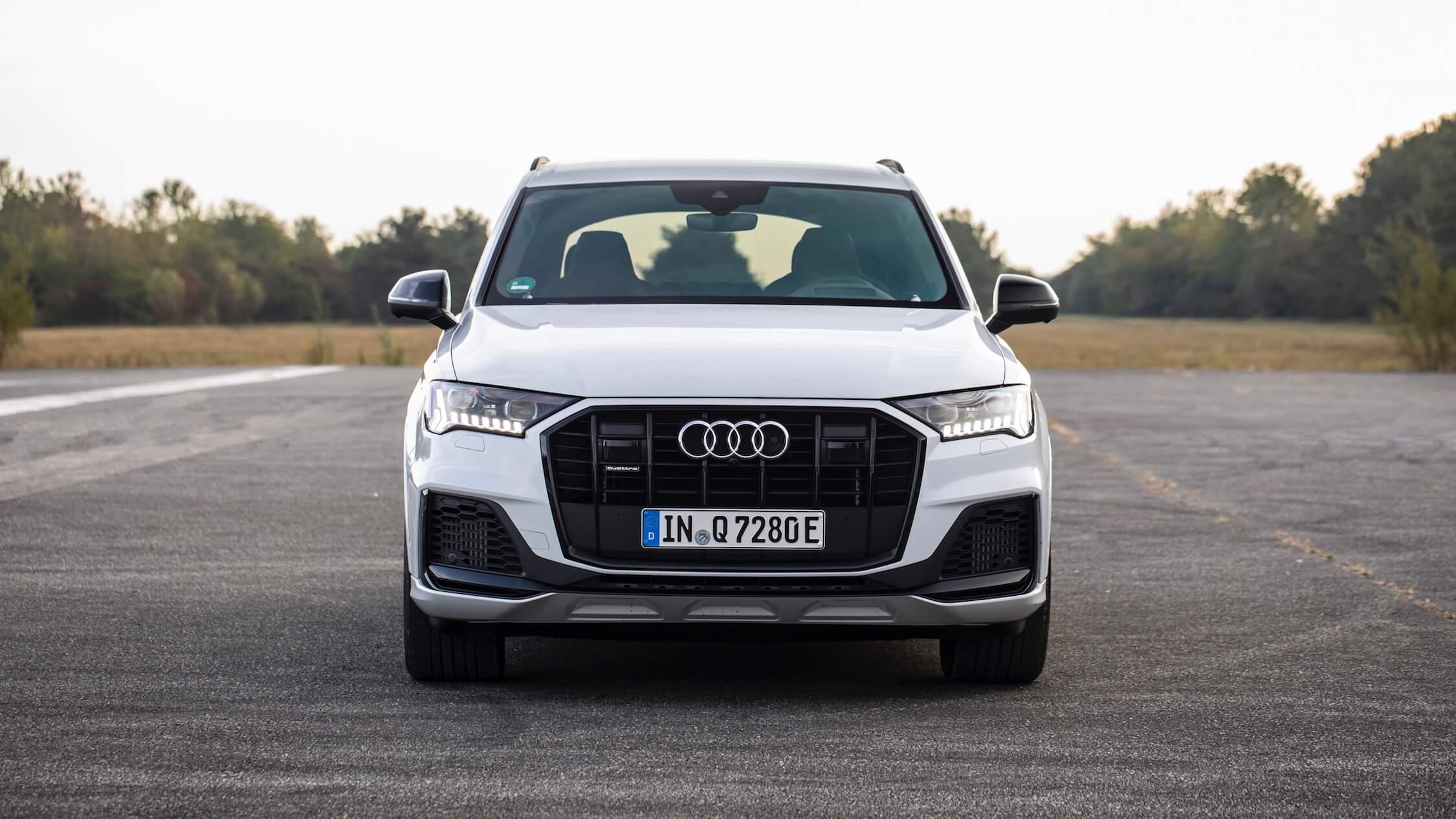 Audi Q7 60 TFSI e frente