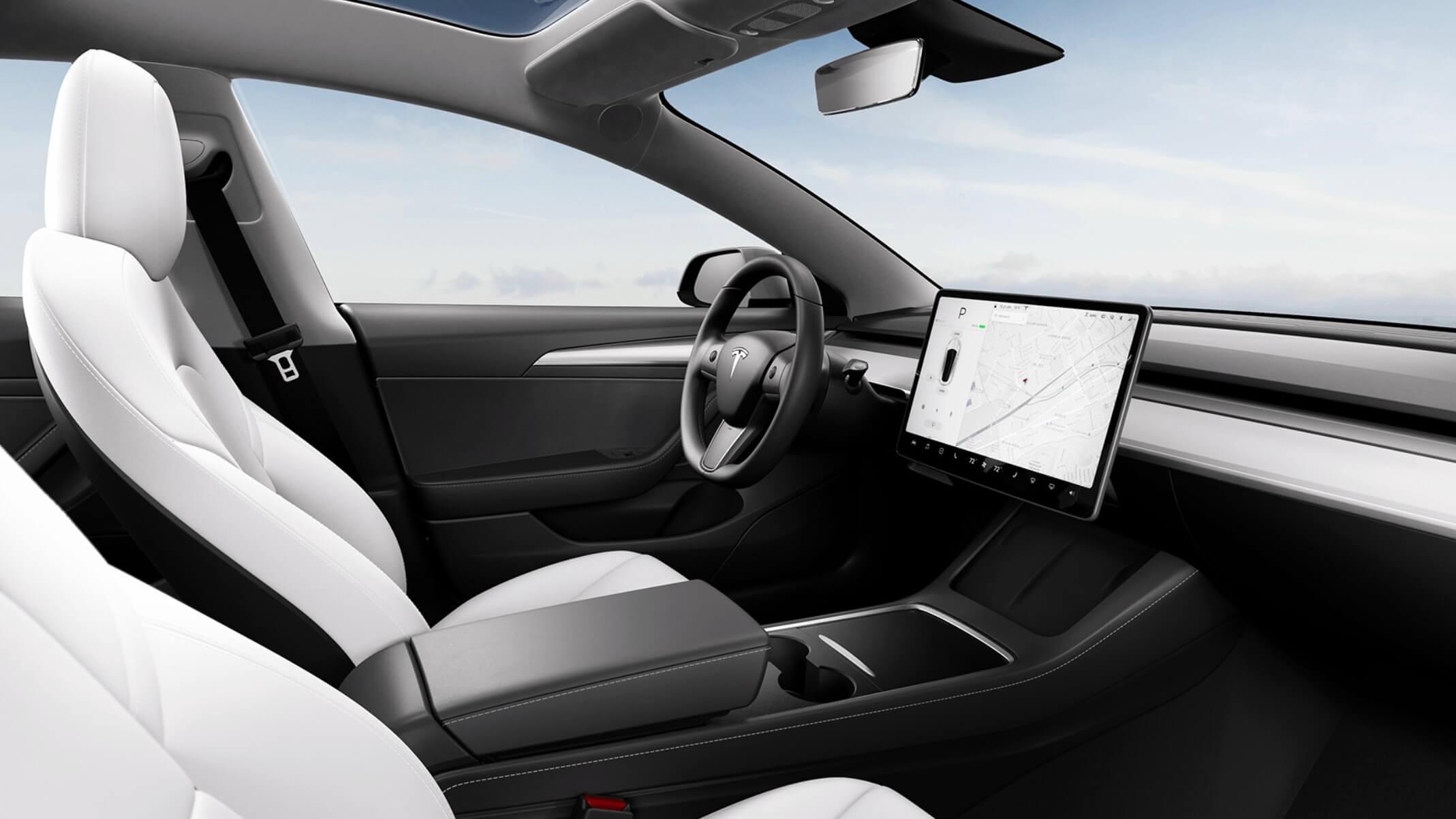 Tesla Model 3 interior novo
