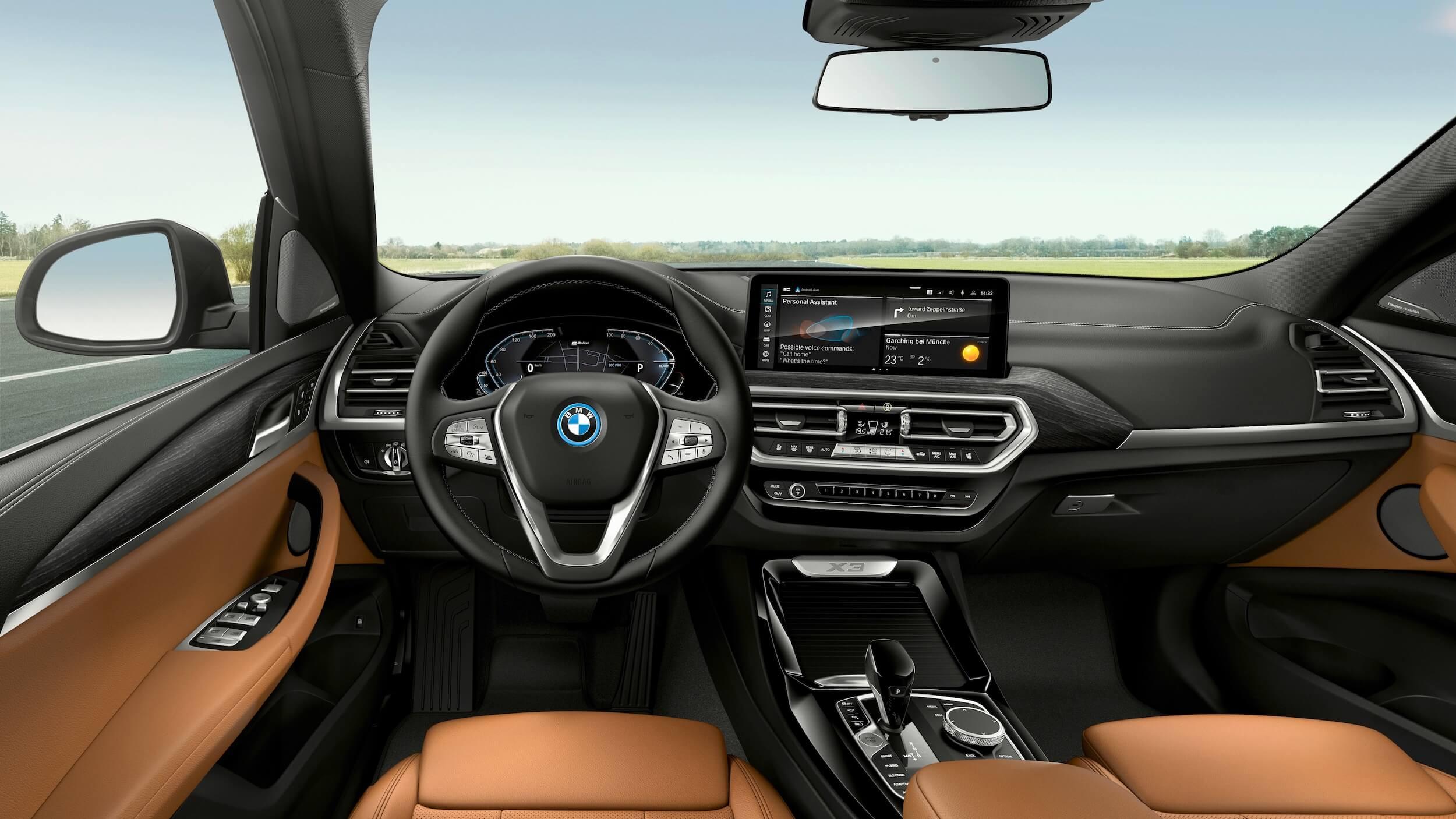BMW X3 xDrive30e interior