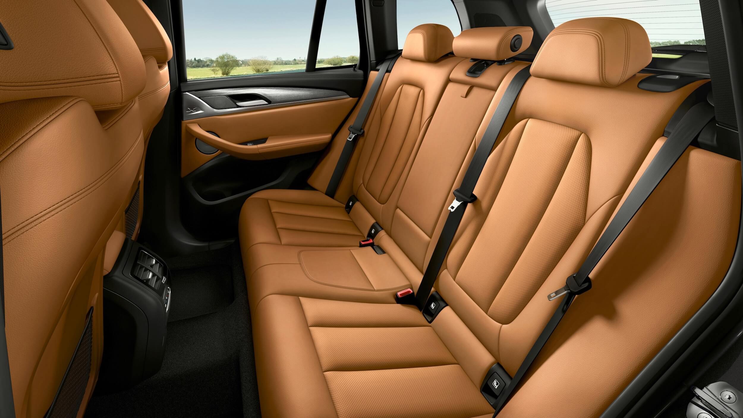 BMW X3 xDrive30e rear seats