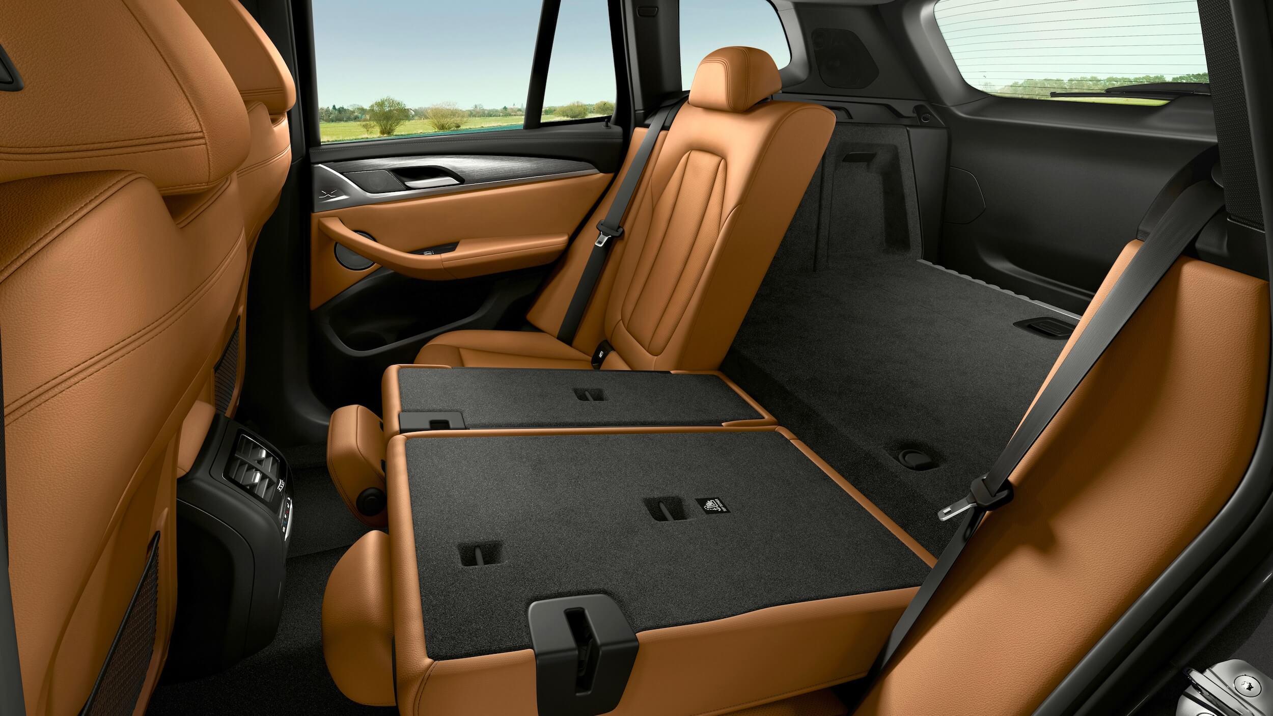 BMW X3 xDrive30e seats flat