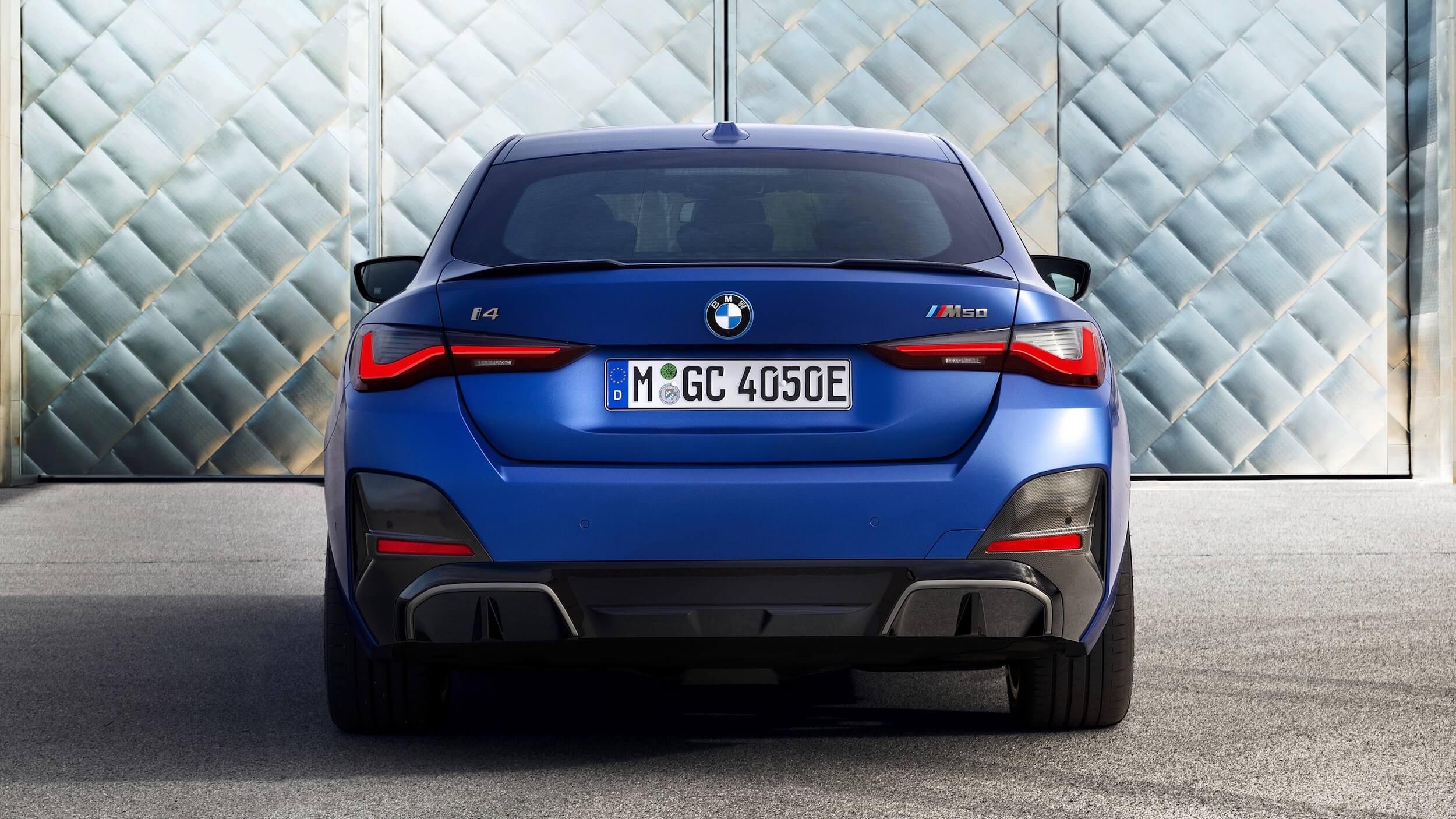 BMW i4 M50 traseira
