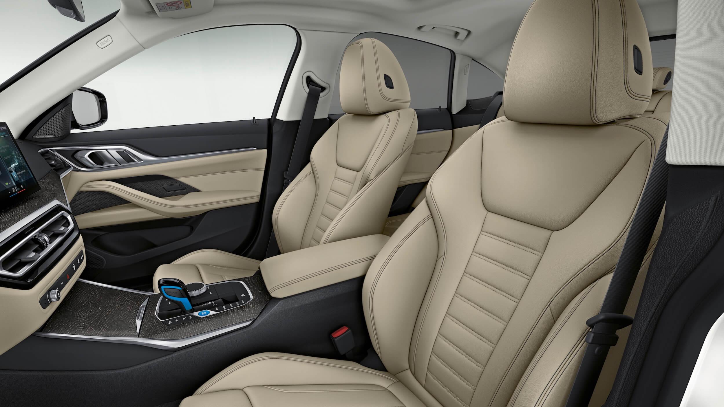 BMW i4 eDrive40 cadeiras