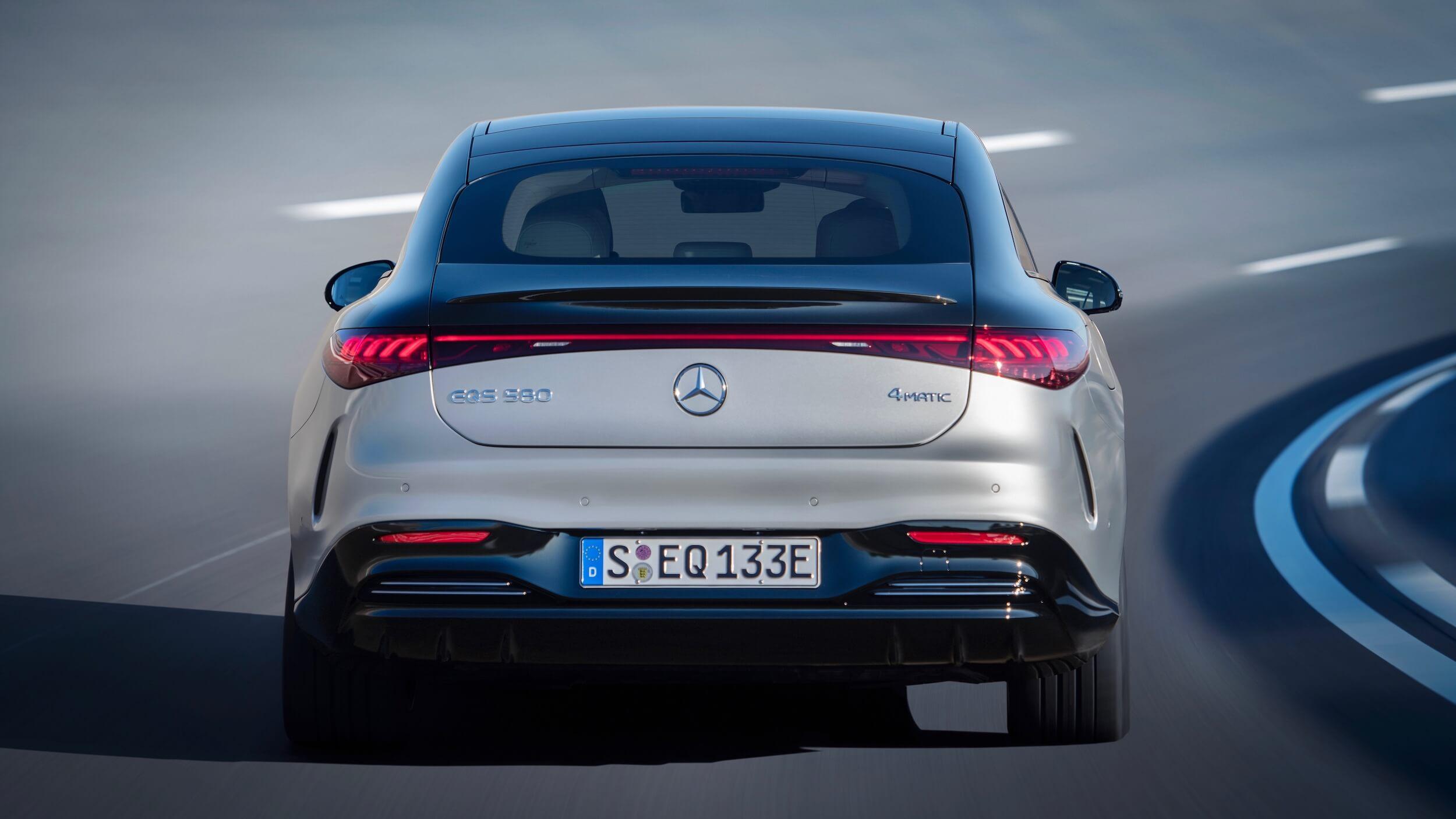 Mercedes EQS traseira